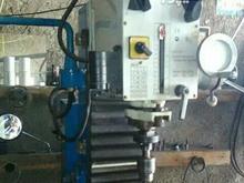 دستگاه فرز تراشکار سه محور تمام اتومات خط کشدار .  در شیپور-عکس کوچک