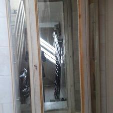 ویترین گرد آینه خور با شیشه های سالم در شیپور-عکس کوچک
