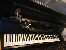 پیانو قدیمی فرانسه در شیپور-عکس کوچک