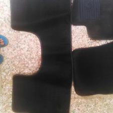 کفپوش موکتی سمند درحد نو اصلی روی ماشین بود در شیپور-عکس کوچک