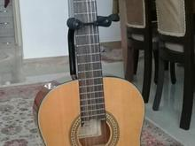 گیتار اسپانیایی آنتونیو  در شیپور-عکس کوچک