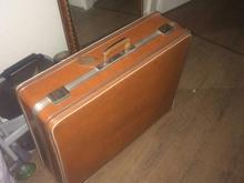 چمدان قدیمی در شیپور-عکس کوچک