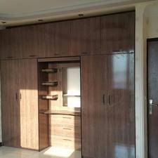 آپارتمان نوساز کلا س طبقه س واحد در قیام 131 متر  در شیپور-عکس کوچک