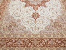 فرش هریس کرم رنگ دستباف نه متری در شیپور-عکس کوچک