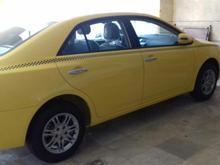 راننده تاکسی با اریو صفر کیلومتر اماده همکاری در شیپور-عکس کوچک