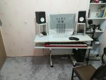 میز مخصوص اهنگ سازی در شیپور-عکس کوچک