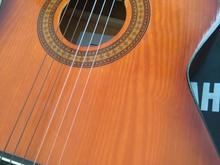 گیتار کلاسیک در شیپور-عکس کوچک