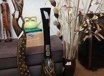گلدان چوبی با گل مجسمه چوبی افریقایی در شیپور-عکس کوچک