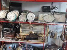 ساعت های کوچک ودیواری کوکی سالم وزیبا قابل استفاده((قدیمی)) در شیپور-عکس کوچک