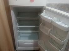 یخچال امرسان سالم. بدون یک مشکل در شیپور-عکس کوچک