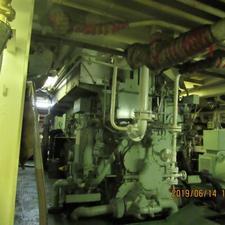 تکنسین مکانیک کشتی در شیپور-عکس کوچک