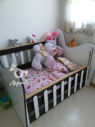 تخت وکمدو نوزاد در گروه خرید و فروش لوازم شخصی در تهران در شیپور-عکس1
