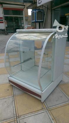 ویترین شیشه خم سایز کوچک  در گروه خرید و فروش کسب و کار در کرمانشاه در شیپور-عکس1