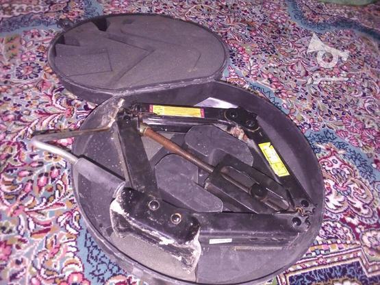 جک پژویی به همراه آچار چرخ در گروه خرید و فروش وسایل نقلیه در تهران در شیپور-عکس1