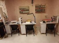 ناخن کار در سالن ناخن شیده  در شیپور-عکس کوچک