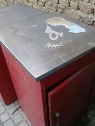 دوعدد میز مغازه فوری فروشی در گروه خرید و فروش صنعتی، اداری و تجاری در تهران در شیپور-عکس1