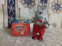 خرگوش کوکی قدیمی در شیپور-عکس کوچک
