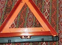 مثلثی اعلام خطر و تصادف شبنما دار پایه دار در شیپور-عکس کوچک