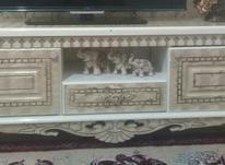 یک عدد میز تلویزیون کرم استخوانی در شیپور-عکس کوچک