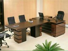 میز مدیریت و کنفرانس پرنیا در شیپور