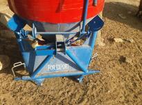 یک دستگاه بذر پاش  در شیپور-عکس کوچک