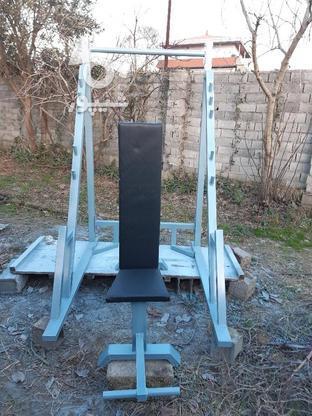 پایه اسکات و پرس با میز مدرج باشگاهی و 100 کیلو وزنه  در گروه خرید و فروش ورزش فرهنگ فراغت در مازندران در شیپور-عکس3