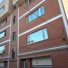 100 متر آپارتمان در خ منتظری