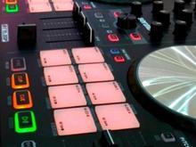 دیجی دی جی خانم کودک dj موزیک  در شیپور