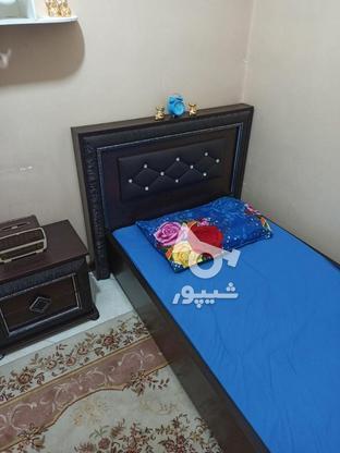 تخت یک نفره بدون تشک وکفی به همراه کمد وکنار تختی در گروه خرید و فروش لوازم خانگی در تهران در شیپور-عکس4